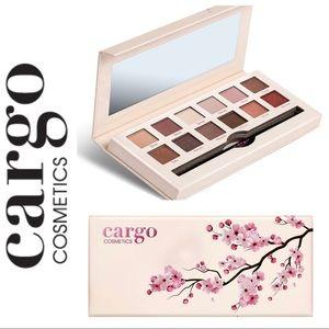 NIB CARGO Tokyo in Bloom EYESHADOW Palette & BRUSH